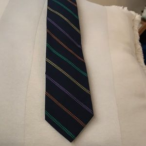 Men's tie. NWT navy background multicolored strips